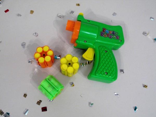 Konfetti Pistole mit 3x6er Schuss