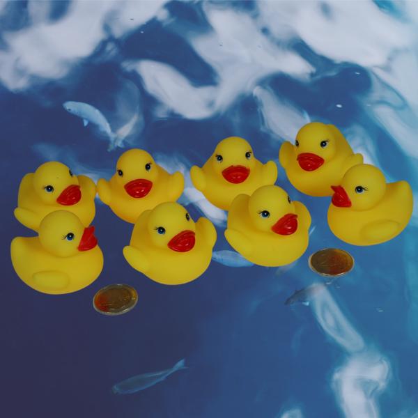 8 gelbe Mini Badeenten