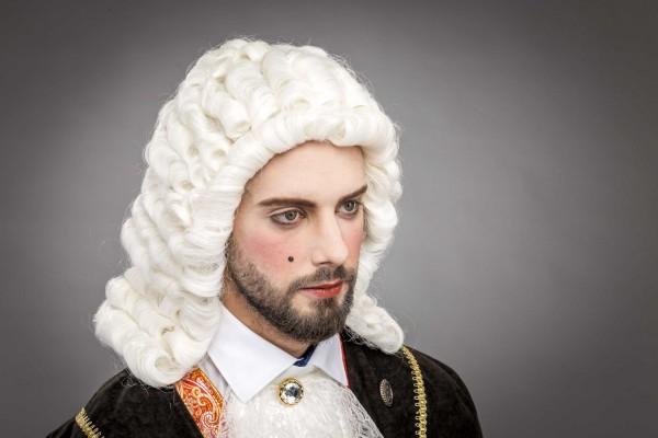 Richter Perücke weiß