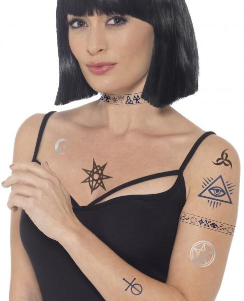 Occult Tattoos mit verschiedenen Motiven